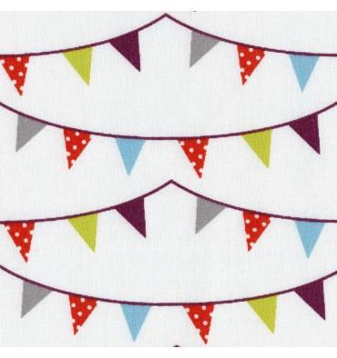 https://www.textilesfrancais.co.uk/402-1491-thickbox_default/fun-christmas-bunting-fabric.jpg
